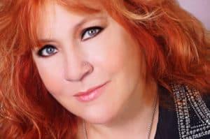 Lisa Layne 1